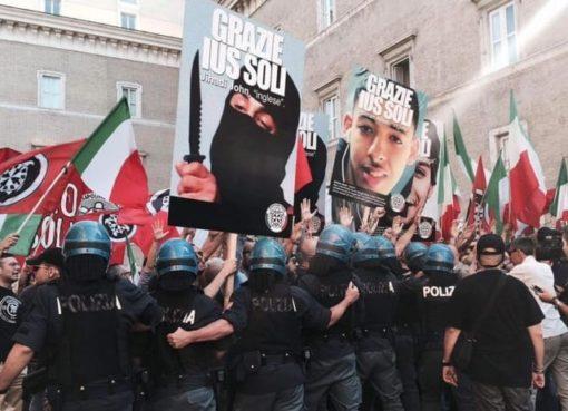 "< img src=""https://www.la-notizia.net/ius-soli.jpg"" alt=""ius soli"""