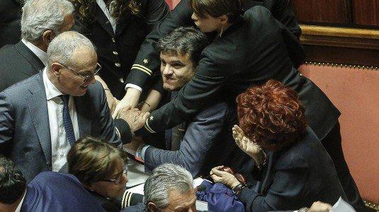 """Ius Soli, CasaPound: """"manganellate mentre andavamo a mani alzate verso il Senato"""""""