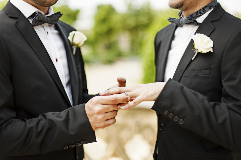 Germania, il Bundestag approva i matrimoni gay