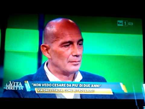 """< img src=""""https://www.la-notizia.net/avenati.jpg"""" alt=""""avenati"""""""