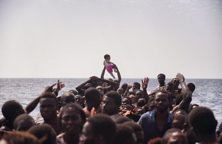 Migranti, ong spagnola: la Guardia costiera libica ci ha sparato