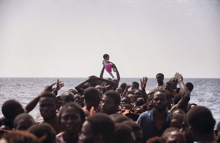 Migranti: Proactiva firma codice ong
