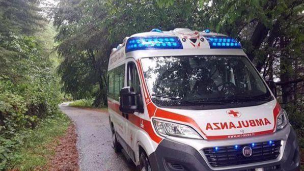 Napoli: muore in stazione per ritardo soccorsi ma ambulanze c'erano