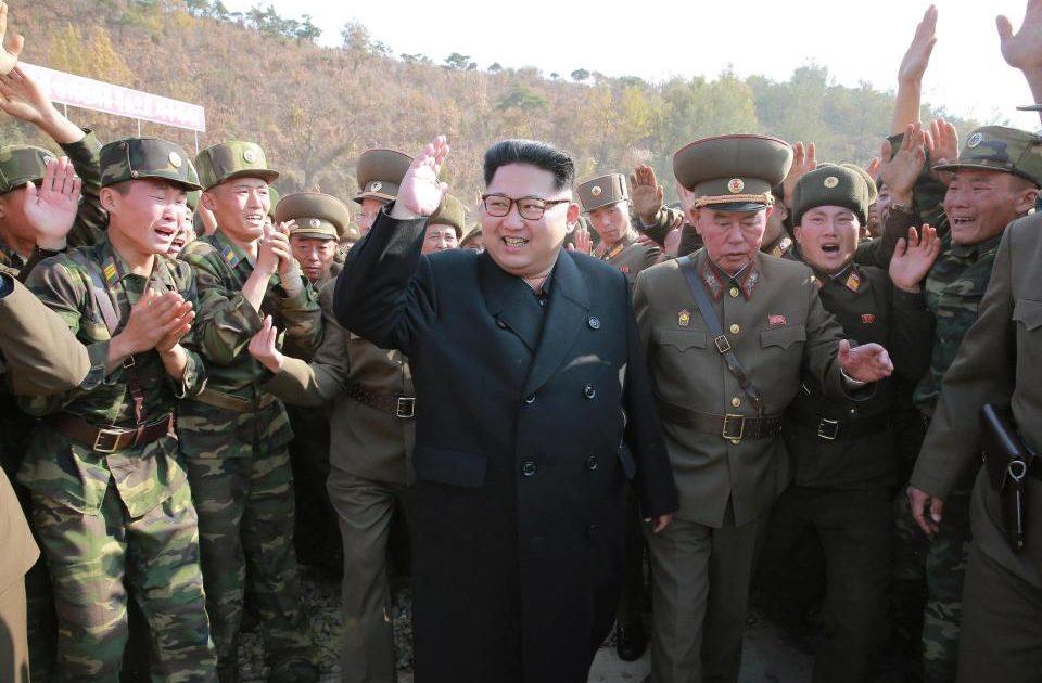 """< img src=""""http://www.la-notizia.net/jong.jpg """" alt=""""jong"""""""