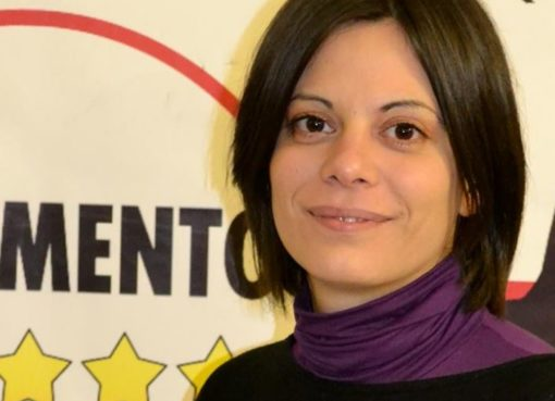 """< img src=""""https://www.la-notizia.net/promesse.jpg"""" alt=""""promesse"""""""
