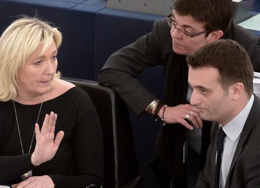"< img src=""http://www.la-notizia.net/philippot.jpg "" alt=""philippot"""