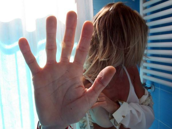 Ancora stupri, dottoressa violentata a Catania mentre è di turno