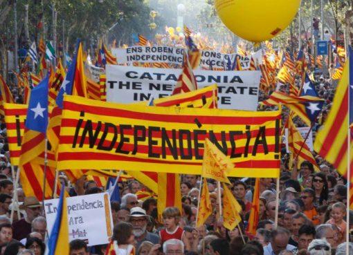 """< img src=""""https://www.la-notizia.net/democrazia.jpg """" alt=""""democrazia"""""""