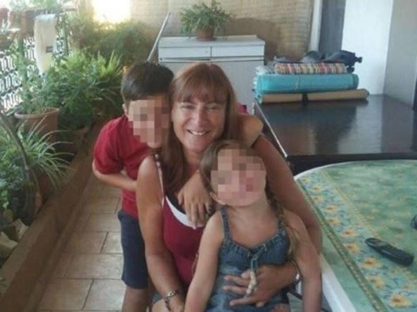 Macabro ritrovamento ad Arezzo: madre e figlio trovati morti nell'auto dell'uomo