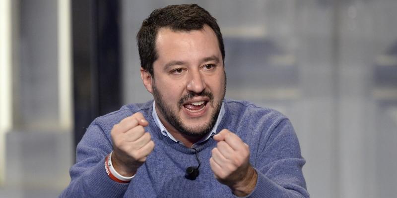 """< img src=""""http://www.la-notizia.net/matteo-salvini"""" alt=""""matteo salvini"""""""
