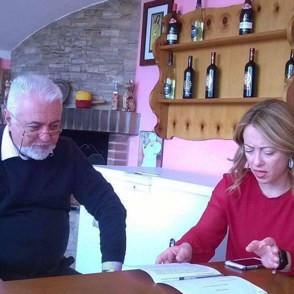 """< img src=""""https://www.la-notizia.net/sicignano"""" alt=""""sicignano"""""""