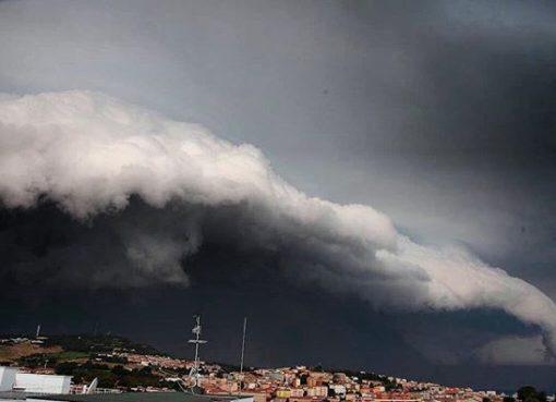 """< img src=""""https://www.la-notizia.net/piogge"""" alt=""""piogge"""""""