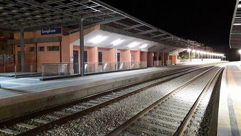 "< img src=""https://www.la-notizia.net/stazione.jpg"" alt=""stazione"""