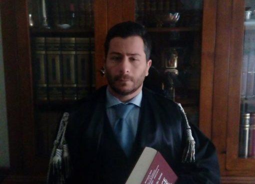 """< img src=""""https://www.la-notizia.net/magliette"""" alt=""""magliette"""""""