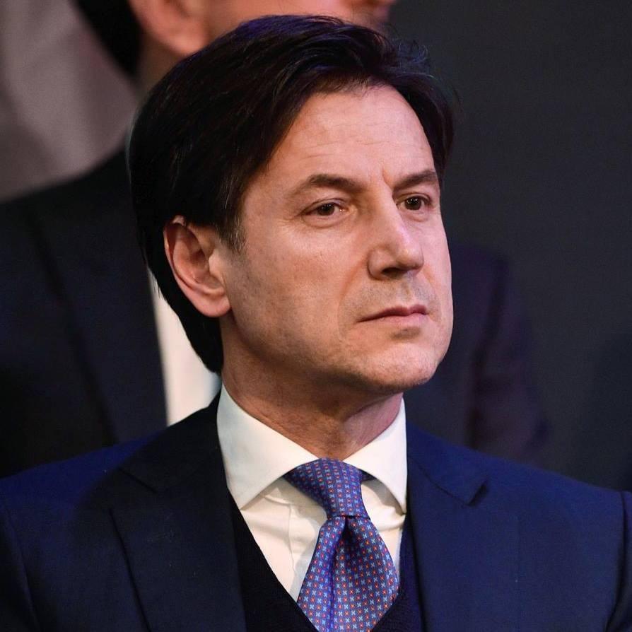 """< img src=""""https://www.la-notizia.net/tap"""" alt=""""tap"""""""