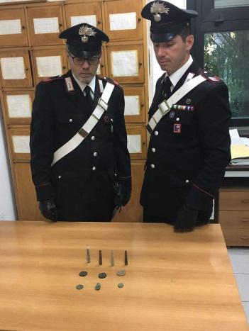 "< img src=""https://www.la-notizia.net/munizioni"" alt=""munizioni"""