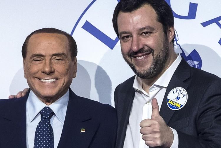 """< img src=""""https://www.la-notizia.net/berlusconi"""" alt=""""berlusconi"""""""