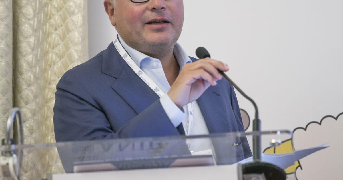 "< img src=""https://www.la-notizia.net/ata"" alt=""ata"""