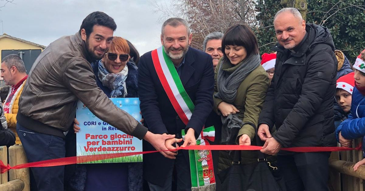 "< img src=""https://www.la-notizia.net/giulianello"" alt=""giulianello"""