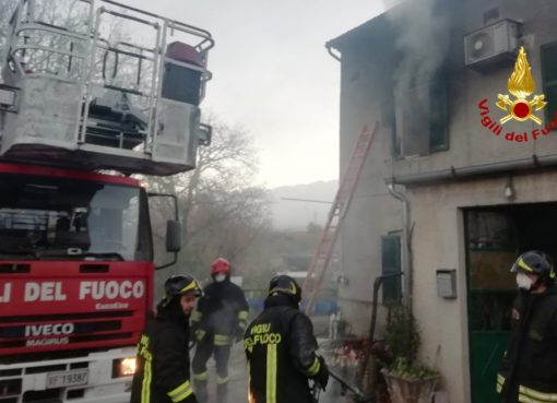 """< img src=""""https://www.la-notizia.net/sassoferrato"""" alt=""""sassoferrato"""""""