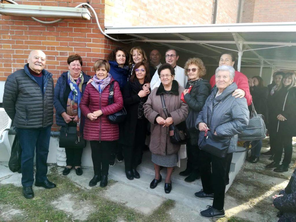 "< img src=""https://www.la-notizia.net/caritas"" alt=""caritas"""
