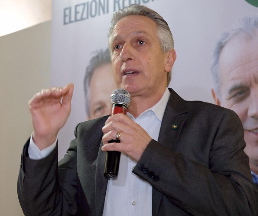 """< img src=""""https://www.la-notizia.net/giuseppe"""" alt=""""giuseppe"""""""
