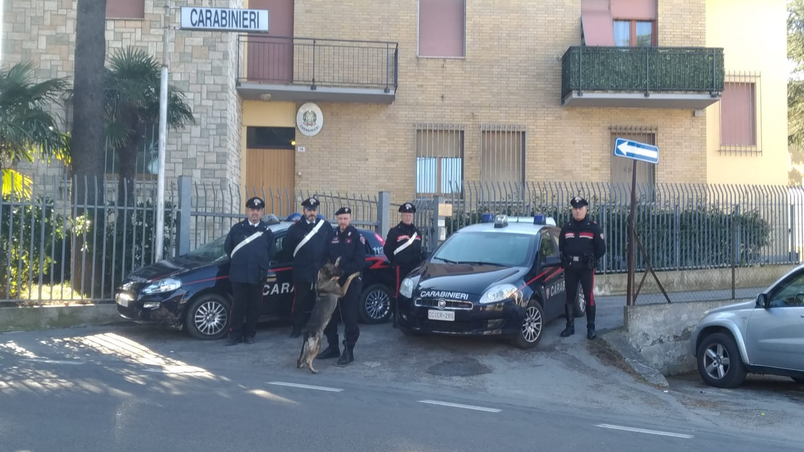 """< img src=""""https://www.la-notizia.net/appignano"""" alt=""""sappignano"""""""