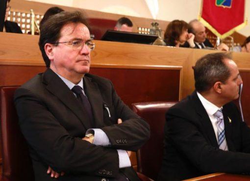 """< img src=""""https://www.la-notizia.net/febbo"""" alt=""""febbo"""""""