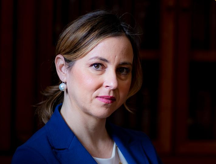 "< img src=""https://www.la-notizia.net/ministra"" alt=""ministra"""