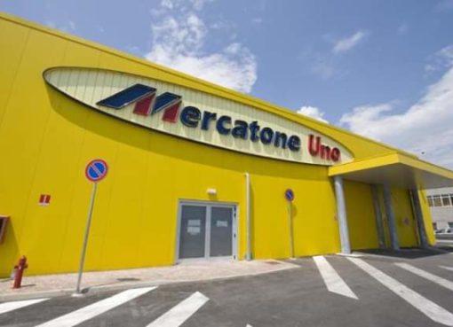 "< img src=""https://www.la-notizia.net/mercatone"" alt=""mercatone"""