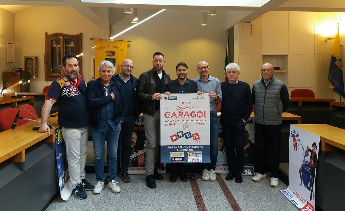 """< img src=""""https://www.la-notizia.net/garagoi"""" alt=""""garagoi"""""""