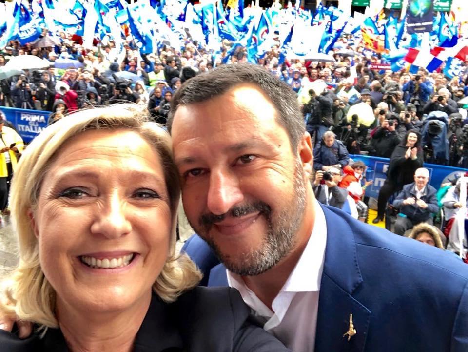"< img src=""https://www.la-notizia.net/marine"" alt=""marine"""