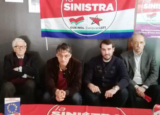 "< img src=""https://www.la-notizia.net/sinistra"" alt=""sinistra"""