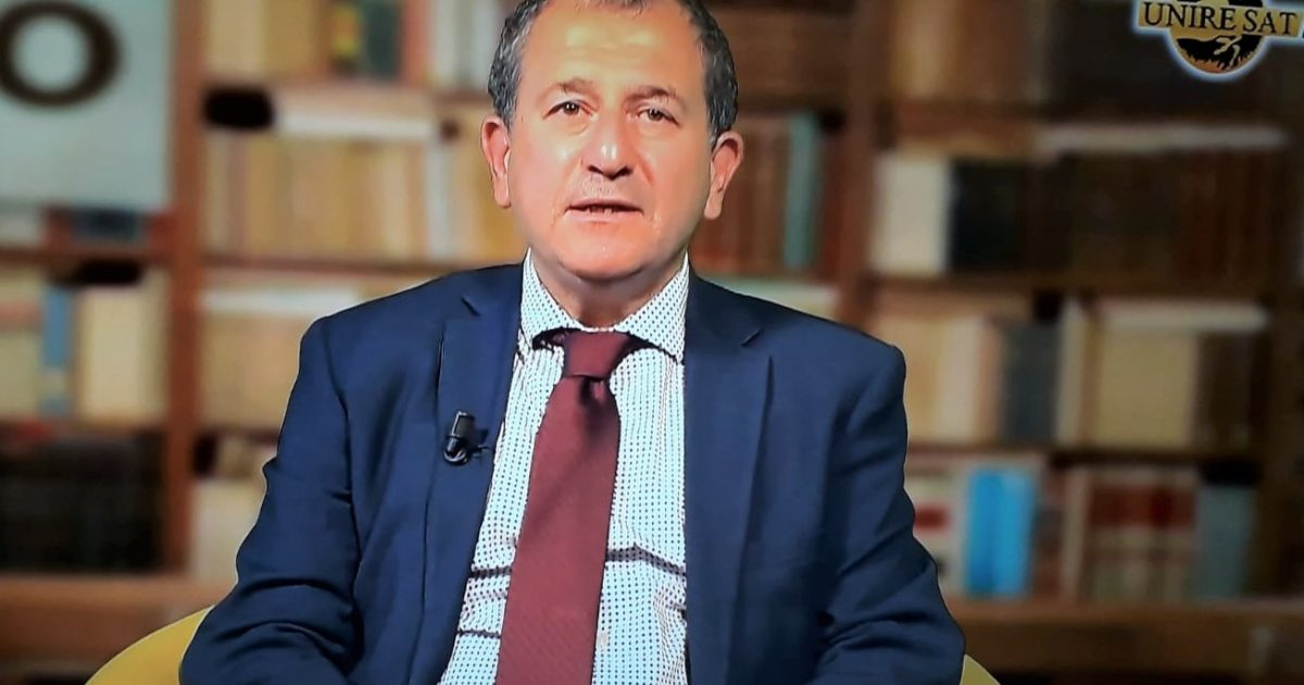 "< img src=""https://www.la-notizia.net/alpini"" alt=""alpini"""