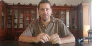 "< img src=""https://www.la-notizia.net/Living gran sasso"" alt=""living gran sasso"""