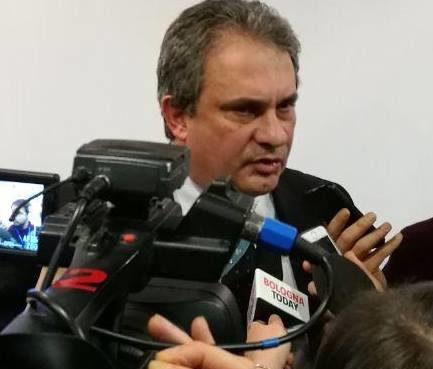 """< img src=""""https://www.la-notizia.net/minibot"""" alt=""""minibot"""""""
