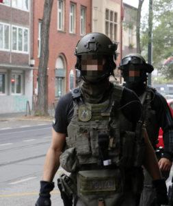 "< img src=""https://www.la-notizia.net/Düsseldorf"" alt=""Düsseldorf"""