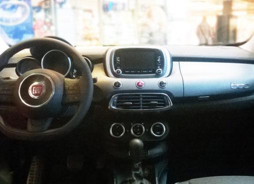 "< img src=""https://www.la-notizia.net/auto"" alt=""auto"""