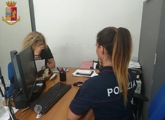 """< img src=""""https://www.la-notizia.net/reggio"""" alt=""""reggio"""""""