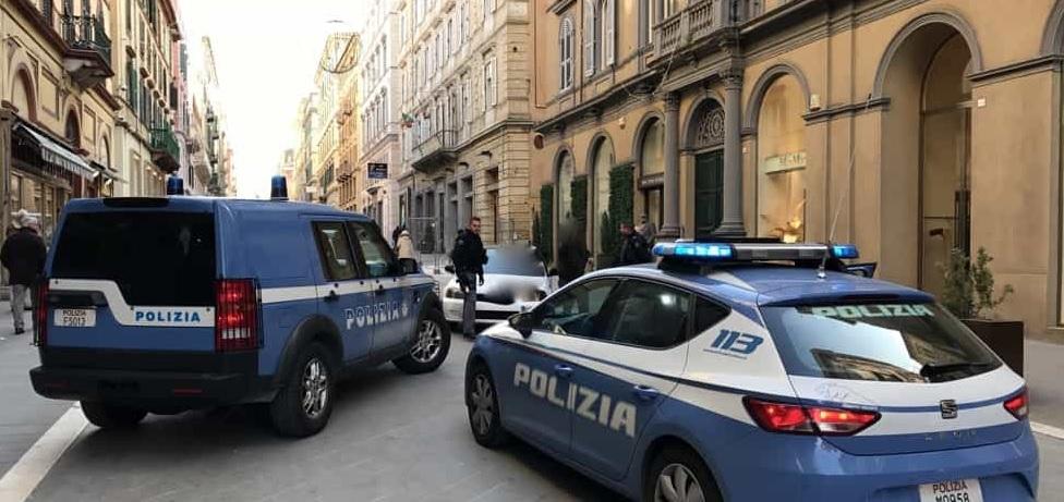 """< img src=""""https://www.la-notizia.net/ancona"""" alt=""""ancona"""""""