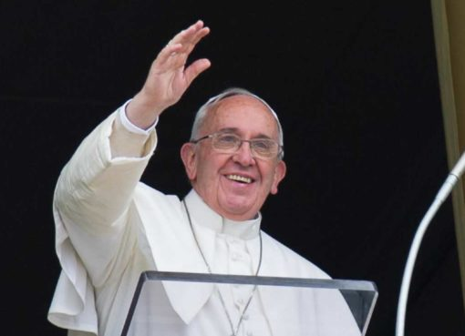 ss. messa del papa 18 maggio