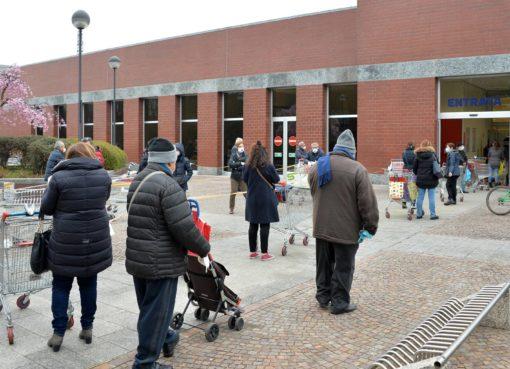 polizia arresta spacciatrice a roma