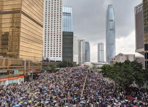 300 arresti ad hong kong